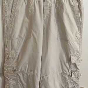 Maternity Cargo Capri Pants, Size 10